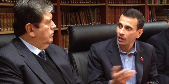 Ex-presidente Alan García y Henrique Capriles