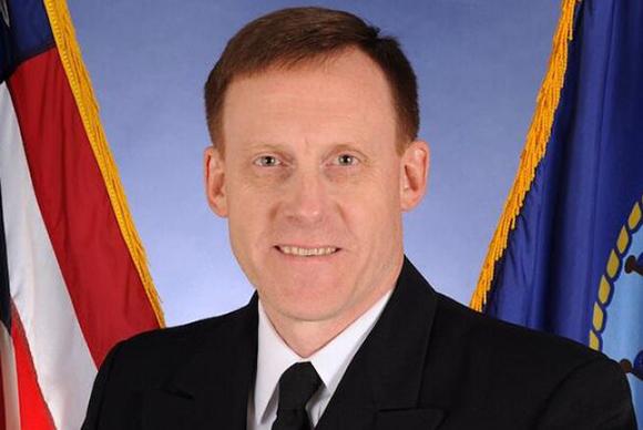 Rogers ha trabajado durante más de 30 años en la Armada estadounidense y está especializado en criptografía naval.