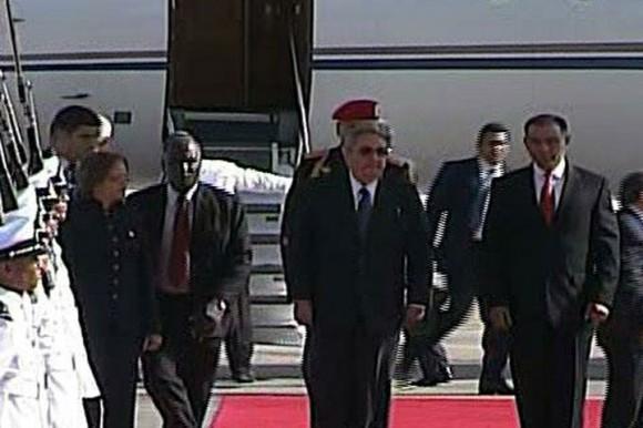 Raúl llegó a Venezuela para rendir homenaje a Chávez. Foto tomada de la TV.
