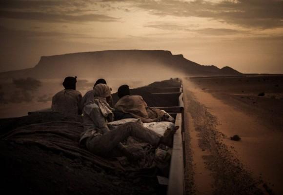 'Sahara Express' del español Rafael Gutiérrrez Garitano gana el premio nacional de los Sony World Awards con esta imagen del tren que cruza el desierto de Mauritania.