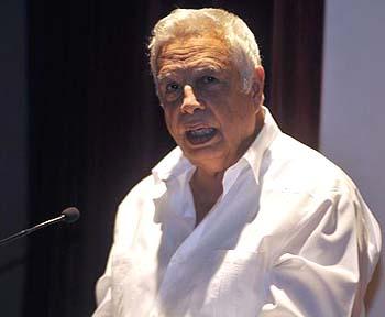 Rolando Alfonso Borges, Jefe del Departamento Ideológico del Comité Central del Partido Comunista de Cuba (PCC), pronunció las palabras centrales de  la ceremonia de entrega de los premios de Periodismo Juan Gualberto Gómez y José Martí, celebrada en el memorial José Martí, en La Habana, Cuba, el 12 de marzo de 2014. AIN FOTO/Abel ERNESTO/ogm