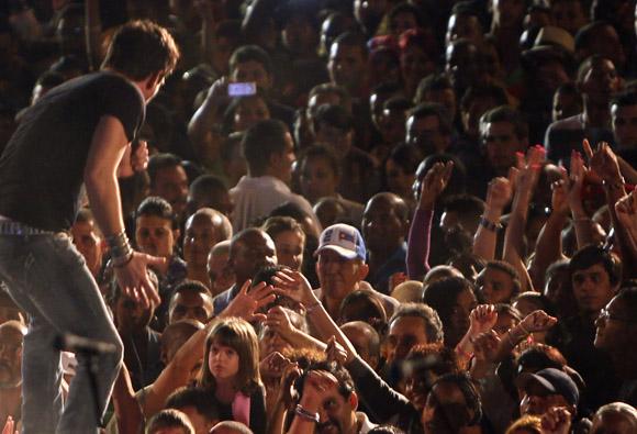 Concierto por Los Cinco y de bienvenida a Fernando González en la Escalinata de la Universidad de La Habana, 1 de marzo de 2014. Foto: Ismael Francisco/Cubadebate