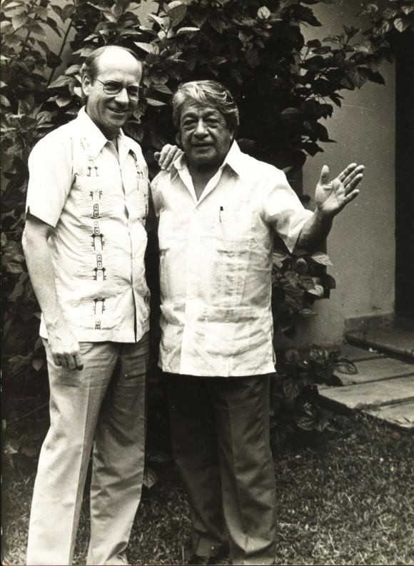 Pedro Martínez y Oswaldo Guayasamín.