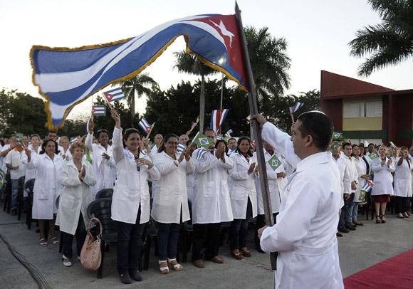 Jornadas de homenaje en Camagüey al ejército de batas blancas