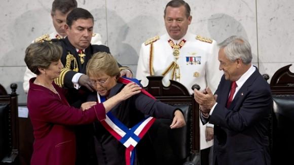 Michelle Bachelet asumió nuevamente la presidencia de Chile. Foto: AFP