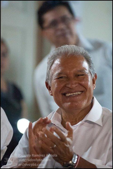 """Salvador Sánchez Cerén """"Con sueños se escribe la vida""""  Fotos: Casa del Diálogo, San Salvador, 7 de marzo de 2014 Ricardo Ramírez Arriola / www.360gradosfoto.com"""