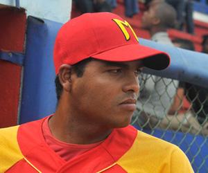 Carlos Juan Viera regresa. Foto: Juan Moreno.