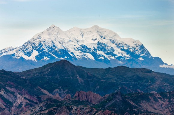 Pico Illimani con una altura de 6465 msnm