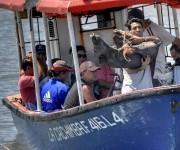 La Cachimba, lancha del servicio público de pasaje, une a las comunidades de El Caliche y San Antonio con la ciudad de Gibara, cabecera municipal ubicada al norte de la oriental provincia de Holguín, Cuba. FOTO/Juan Pablo Carreras