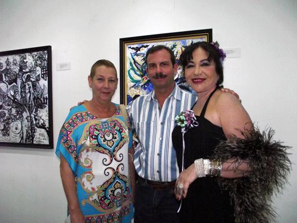 """Asistieron a la presentación de la exposición """"Amor de Ciudad Grande"""",  Fernando González, Héroe de la República de Cuba  y su esposa, Rosa Aurora Freijanes: Foto Marianela Dufflar."""
