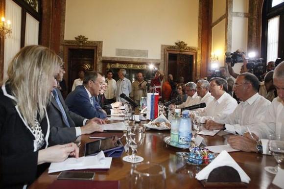 Reunión en la Cancillería cubana entre los Ministros de Exteriores de Cuba y Rusia. Foto: CubaMinrex/Cubadebate
