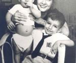 Fe del Valle Ramos, asesinada por la CIA,  junto a sus hijos Robin y Erick Ravelo.