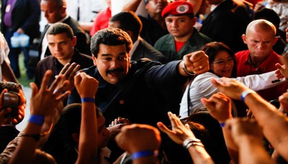 Violencia Fascista en Venezuela - Página 14 Nicolas-3