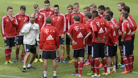 Pep-Guardiola-jugadores-Bayern-Munich Noticia