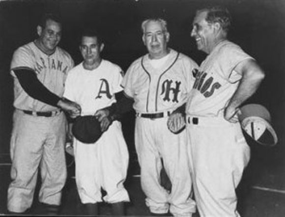 Full de ases. De izquierda a derecha, Napoleón Reyes, Marrero, Adolfo Luque y Oscar Rodríguez.