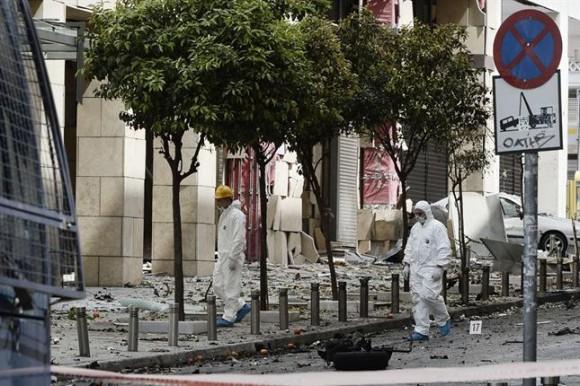 explosión coche bomba grecia