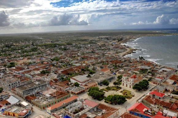 Ciudad de Gibara, sede del Festival Internacional de Cine Pobre Humberto Solás, en Holguín, Cuba