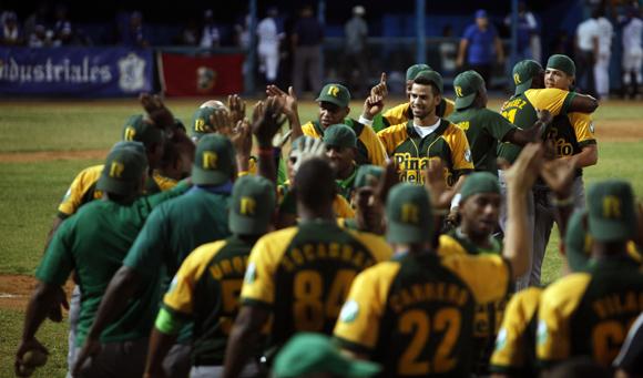 Los Pativerdes celebran. Foto: Ladyrene Pérez/Cubadebate.