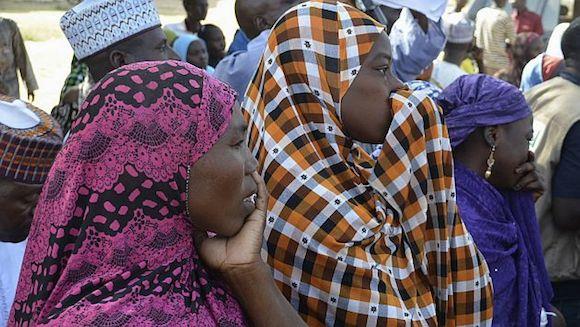 Madres de las niñas secuestradas en Nigeria. Se conoció que fueron vendidas a US$12 y casadas a la fuerza. Foto: Reuters