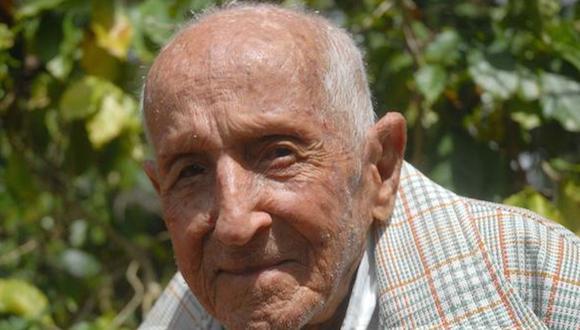 CUBA-SANCTI SPIRITUS-SEGUNDO PÉREZ; INSTANTES EN SUS 109 PRIMER