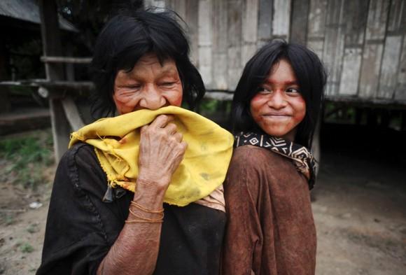 Miembros de los Ashaninka posan para un fotógrafo en Kokasul.