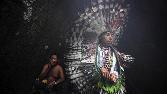 Indígenas aislados del Brasil