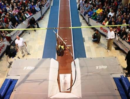 Cuban Pole-Vaulter Yarisley Silva Repeats Victory in USA