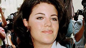 """Lewinsky decidió romper su silencio para ayudar a otros en """"sus momentos más oscuros de humillación""""."""