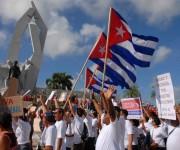 Desfile del pueblo camagüeyano por el Día del Proletariado Mundial, en la Plaza de la Revolución Ignacio Agramonte, en la ciudad de Camagüey,  el 1 de mayo de 2014. AIN FOTO/ Rodolfo BLANCO CUE