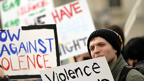 En universidades como la de Iowa ha habido protestas por los abusos y las violaciones.