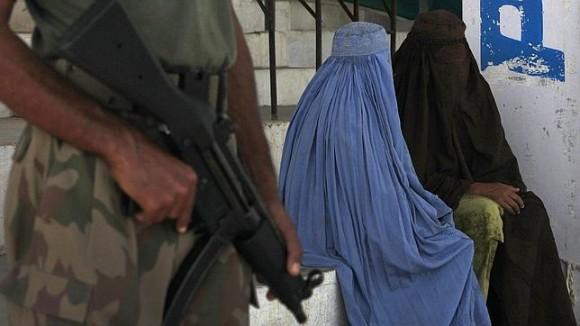 El uso del burka es obligatorio para todas las mujeres afganas