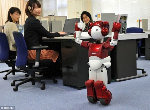 Emiew, un robot que hace bromas y analiza a las personas1