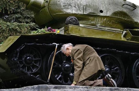 Este ex-oficial ruso encuentra el tanque en el que pasó toda la guerra