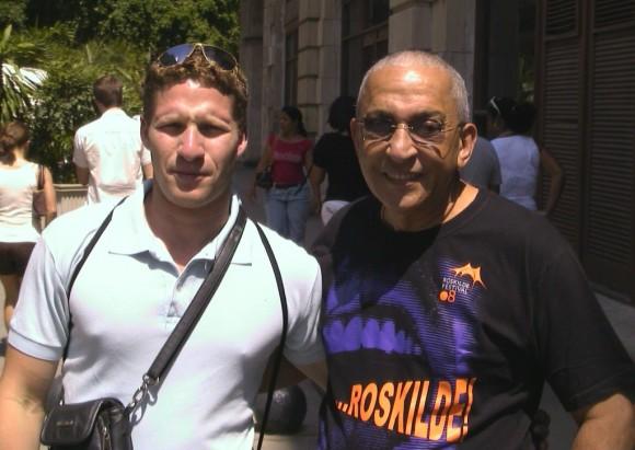 Formell y Luis Bello profesor de la Universidad de Oriente en Santiago de Cuba