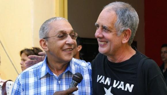 Juan-Formell-en-compañía-del-musicólogo-y-director-de-programas-de-radio-Guillermo-Vilar-el-Guille-580x388