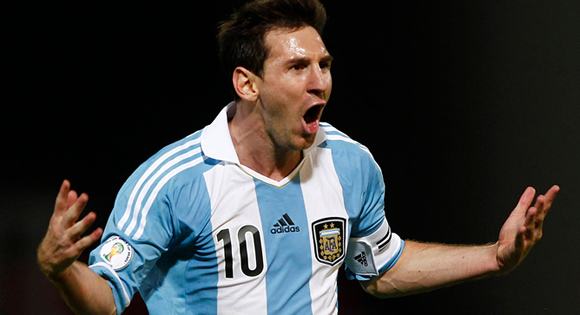 Messi-celebra-Argentina