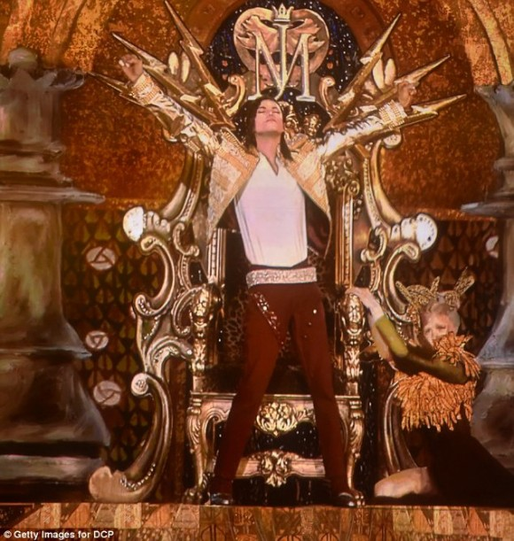 Michael Jackson resucitó en forma de holograma 1.5