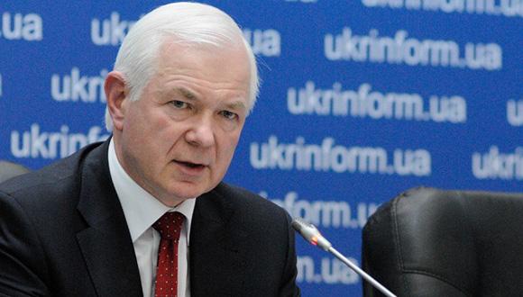 Nikolai Malomuzh. Militar. De abril de 2005 a junio de 2010 fue el jefe del Servicio de Inteligencia Exterior de Ucrania. Desde septiembre de 2006 fue miembro de la Seguridad Nacional y Defensa de Ucrania. Desde junio de 2010 hasta febrero de 2014 fue asesor del presidente de Ucrania.