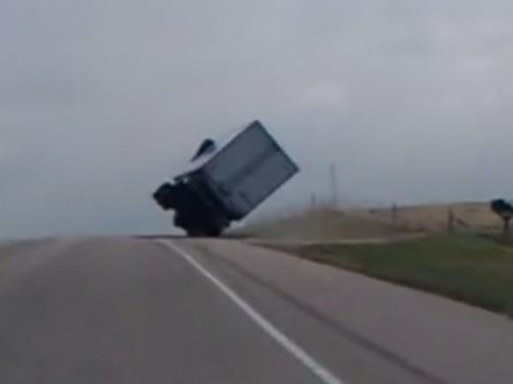 camion viento 3