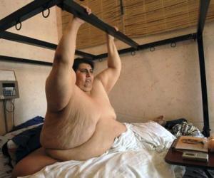 Manuel Uribe, ganador en 2007 del Récord Guinness por ser el hombre más gordo del mundo con casi 600 kilos. FOTO: AP