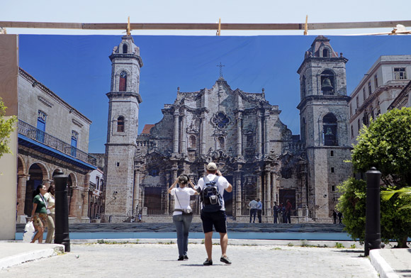 Visitan Cuba más de un millón de turistas en el primer trimestre de 2014