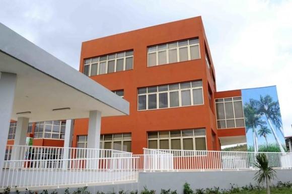 Edificio administrativo de la Terminal de Contenedores del Mariel, en la provincia de Artemisa, Cuba, el 23 de mayo de 2014. AIN FOTO/Roberto MOREJON RODRIGUEZ