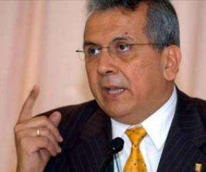 Rodrigo Cabezas, presidente de la Comisión de Economía del Parlamento Latinoamericano