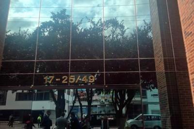"""Sala de """"chuzadas"""" allanada en Bogotá se usó para sabotear Diálogos de Paz."""