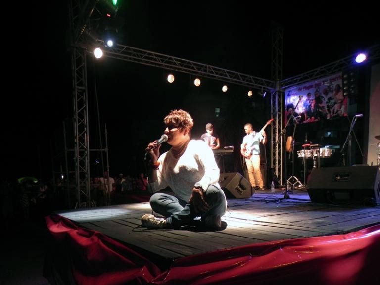 La actuación de Tania Pantoja será muy recordada por los pobladores de Alamar. FOTO: Marianela Dufflar.