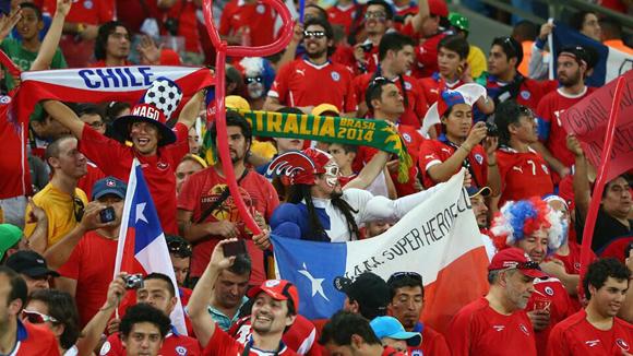 Festejan los seguidores de Chile.