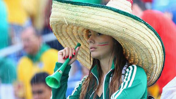 Una seguidora después del fuera de juego.