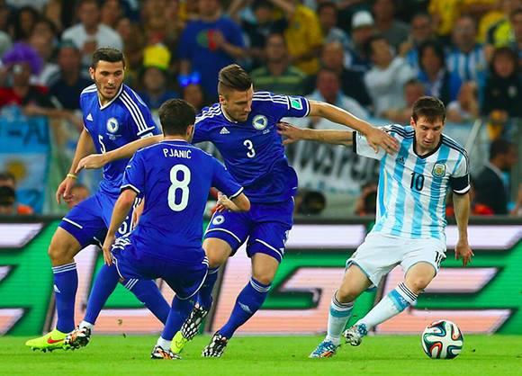 Argentina frente a Bosnia