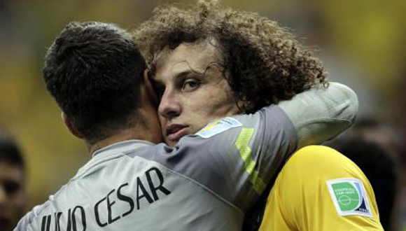 David Luiz y Julio César