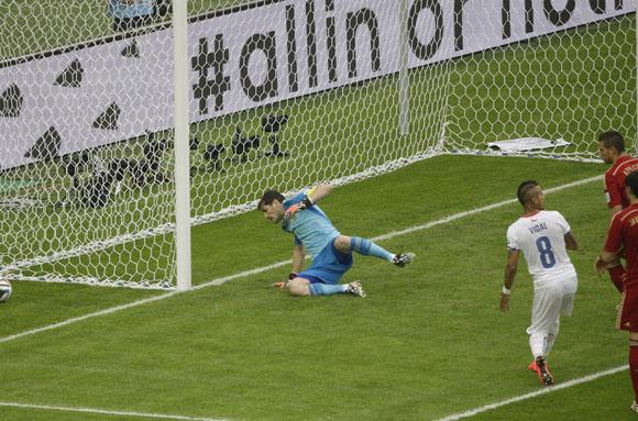 Iker Casillas, quizás, jugó  su último partido en Mundiales. Foto: AP.
